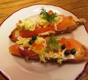 Le Zoo Bal Harbour – smoked salmon tartine - denise castillon_hedonist-shedonist