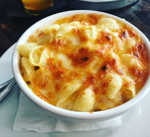 the-mermaid-lobster-mac-and-cheese2