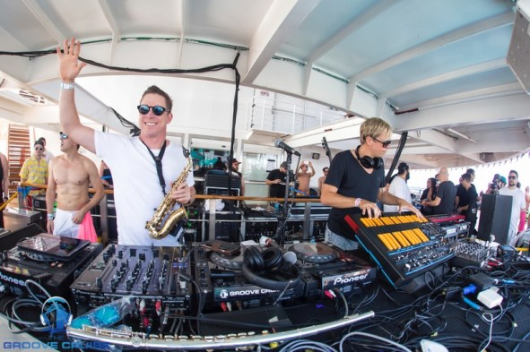 Groove Cruise Review