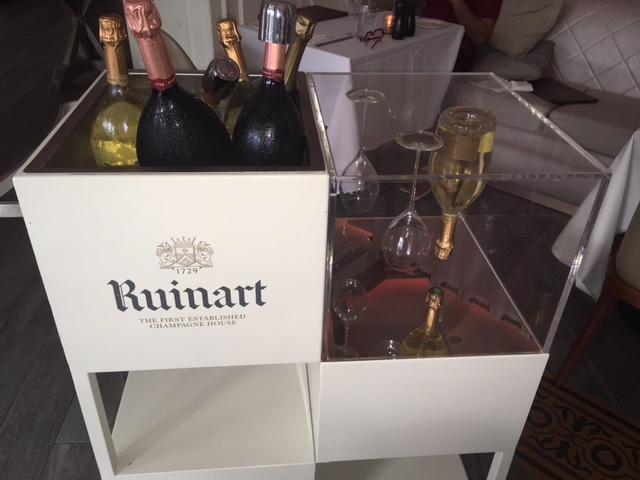 Villa Azur Champagne Cart