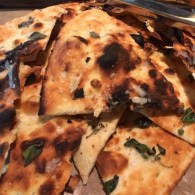 Quinto La Huella Flat Bread