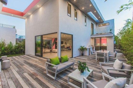 Hiša se nahaja v La Jolli