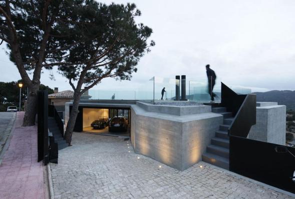 The X House, Barcelona, Španija