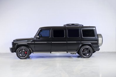 nastane pošastni terenec z vsemi priboljški luksuznih vozil.