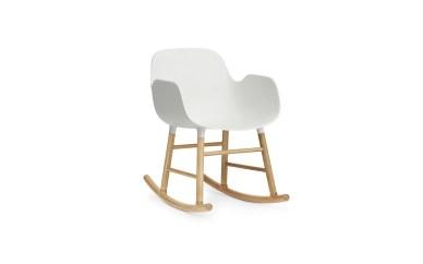 Top 10 modernih gugalnikov, ki so videti odlično v vsakem prostoru: Form Rocking Armchair by Simon Legald for Normann Copenhagen