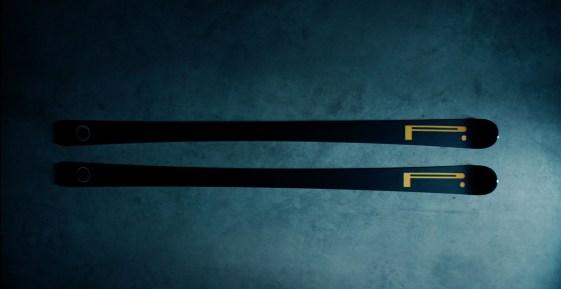 Smuči Blossom x Pirelli