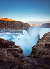 3. Islandija