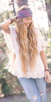 Ženske frizure 2018: dolgi boho lasje