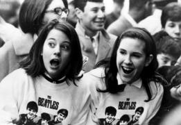 Beatle-Fans-the-beatles-29223537-700-483