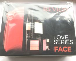 Revlon Gift Set Love Series