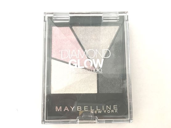 maybelline doamond glow quad eyeshadow grey pink drama
