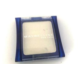 Maybelline Expert Wear Eyeshadow Snow White 01, White Eye Colour