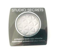 L'Oreal Studio Secrets Eyeshadow 560 Brown Eyes, Silver Eye Colour