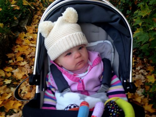 baby-autumn-walk