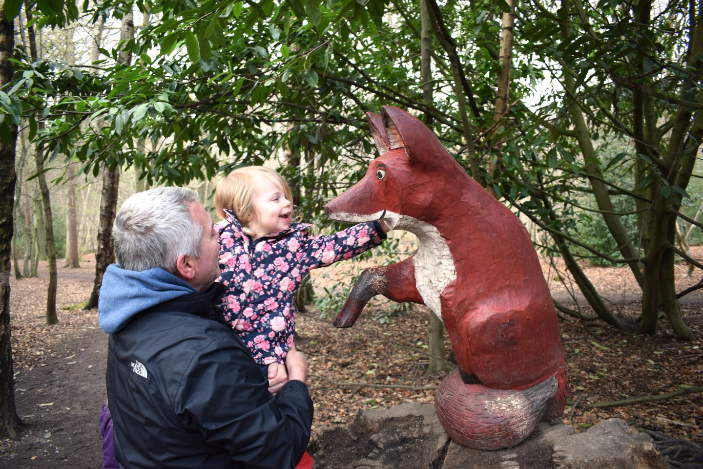 The Gruffalo Trail, Essex, fox with little girl and father