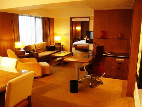 Grand Hyatt Singapore Grand Suite King living room