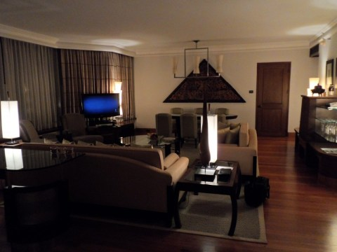 Grand Hyatt Erawan Bangkok Executive Suite Living Room