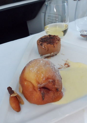 Austrian Airlines Business Class VIE IAD dessert