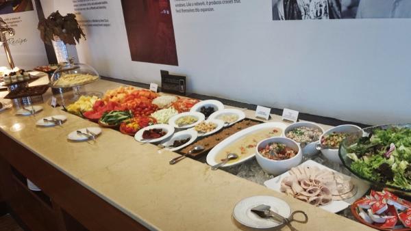 Le Meridien Kuala Lumpur Club Lounge Salad Offerings