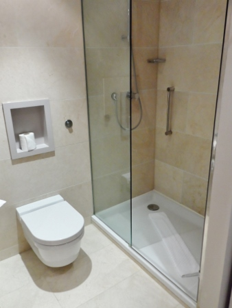 The Morrison DoubleTree Hotel Dublin Shower