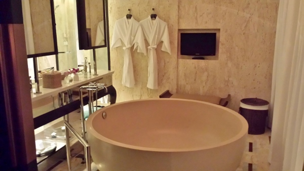 Conrad Koh Samui 1Bedroom Villa Bathroom Tub