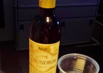 US Airways Premium Wine Conundrum White Blend