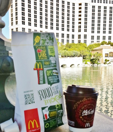 solo travel in Las Vegas breakfast