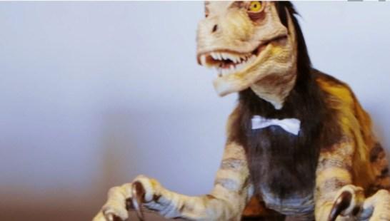 japan robot hotel Henn-na Hotel dinosaur check in