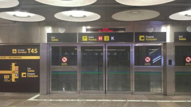 Madrid Aiport Tram TS4-T4