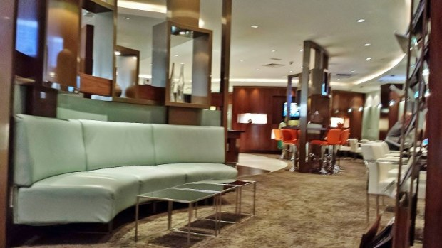 Etihad Abu Dhabi Lounge Business & First Class Terminal 1 dining area