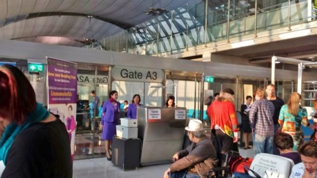 Thai Airways Bangkok Chiang Mai gate