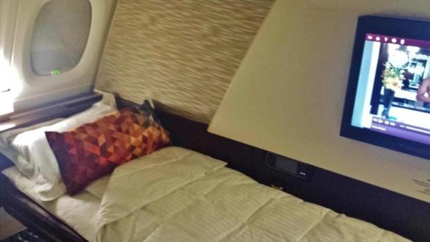 Etihad Airways First Apartment AUH-JFK lie flat bed