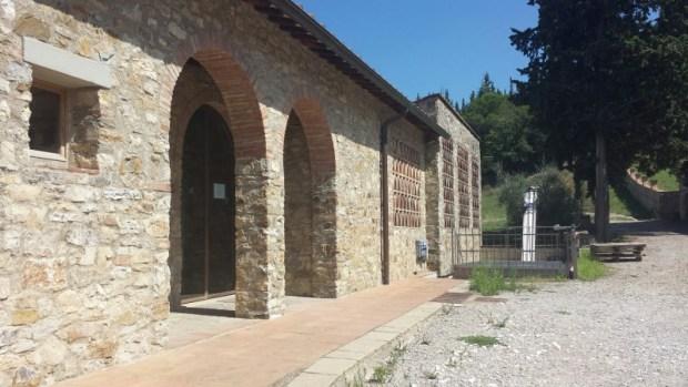 Tuscany wine tours isole e olena entrance