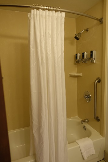 Four Points Portland East guest room shower