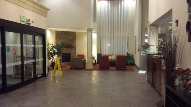 Four Points Portland East lobby