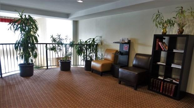 Four Points Portland East second floor lobby