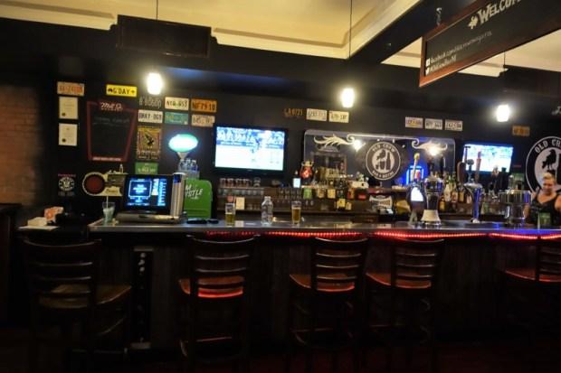 Niagara Falls Breweries Old Crow Bar & Bistro