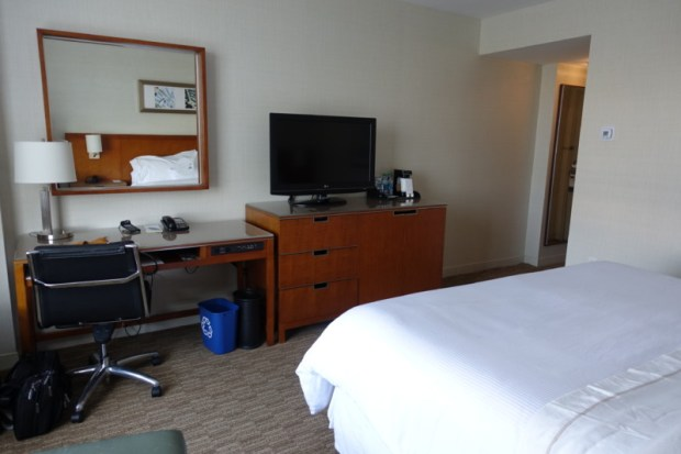 Westin Dulles IAD hotel Review king bed