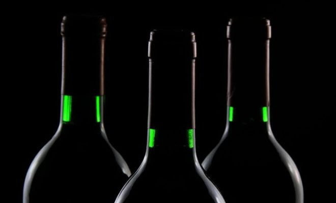 wine-bottles-credit-holgi-pixabay