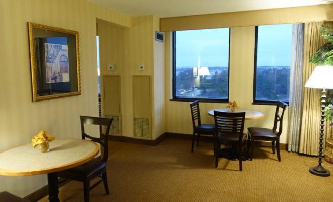 sheraton-atlanta-airport-temporary-club-lounge-setup
