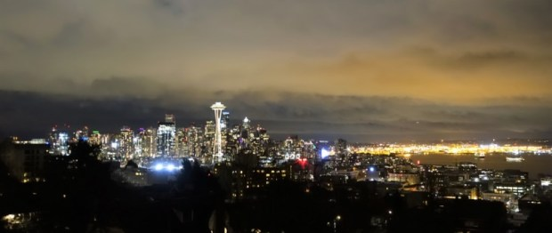best view of seattle kerry park nighttime