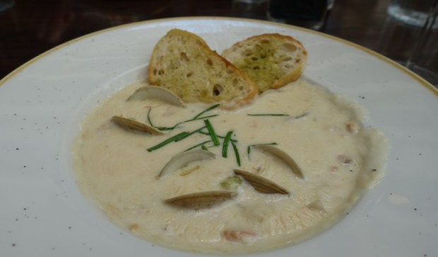 hyatt regency san francisco airport 3SIXTY Bistro clam chowder