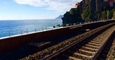 Italy Train Travel - Cinque Terre