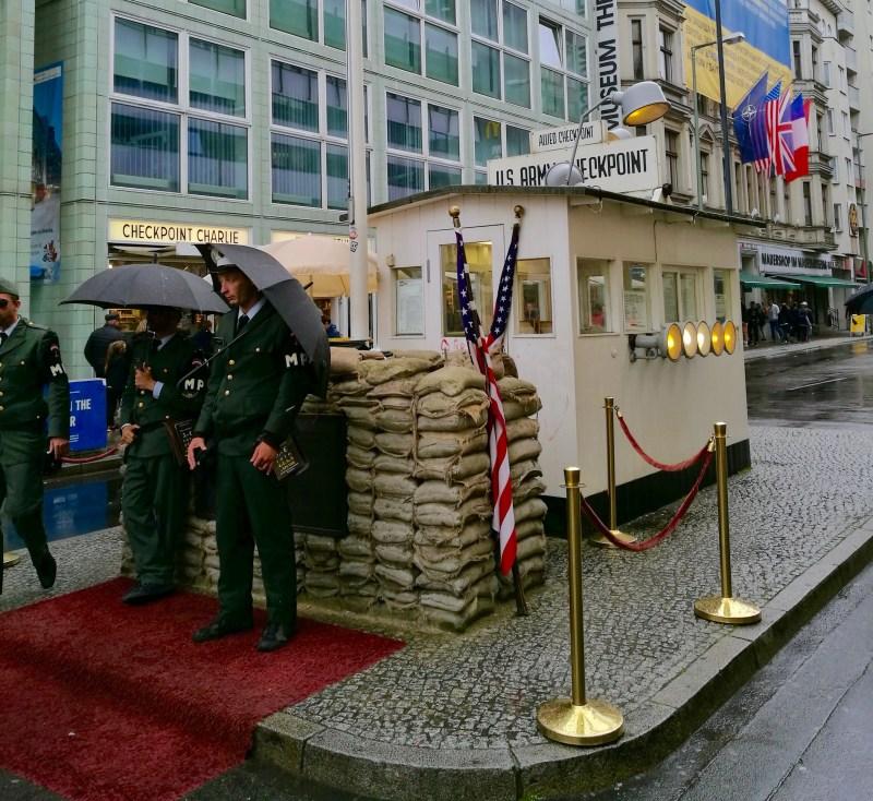 Charlie Checkpoint, Berlin