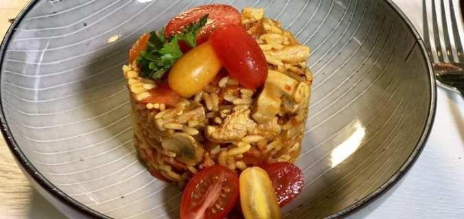 Jambalaya met kip en chorizo