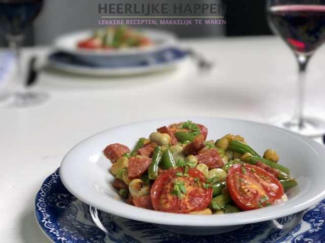 bonen-hussel met tomaat en chorizo