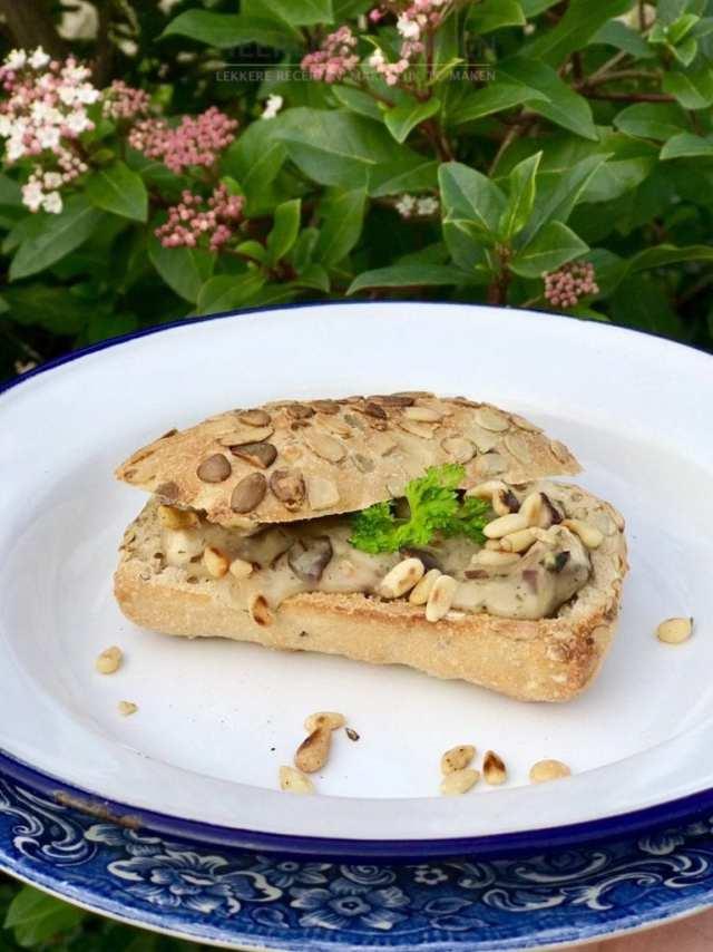 SlooOW Shiitake broodje
