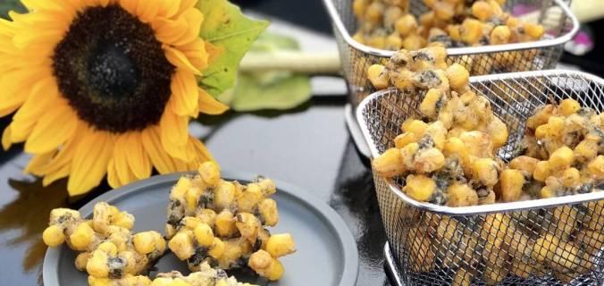 Tempura mais snack met nori