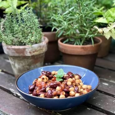 Kikkererwt salade met chiliboontjes