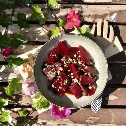 Griekse pantzaria salade